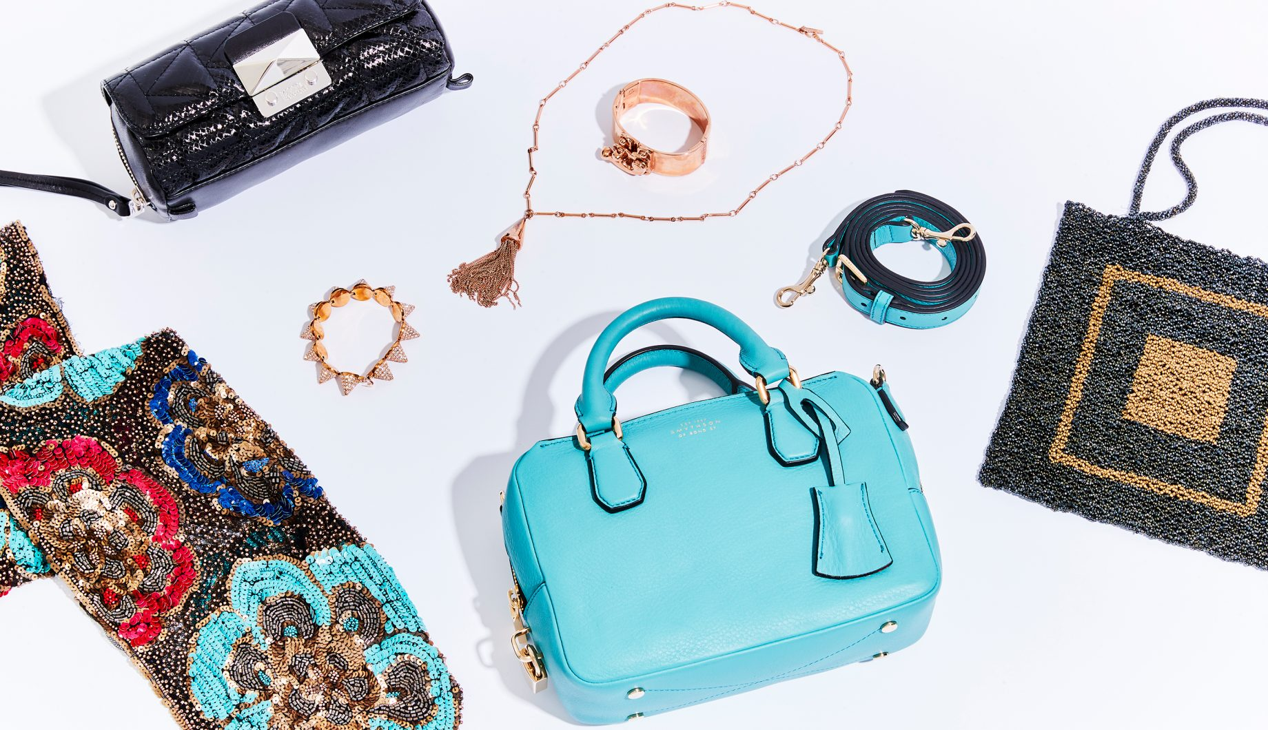 Images of women's accessories